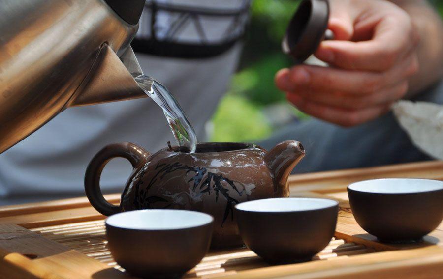 Выпивать не меньше 3 чашек чая