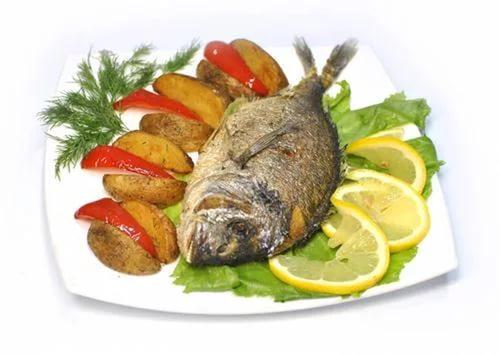 Блюдо из рыбы и овощей