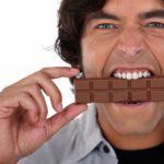 Шоколадка улучшает настроение.