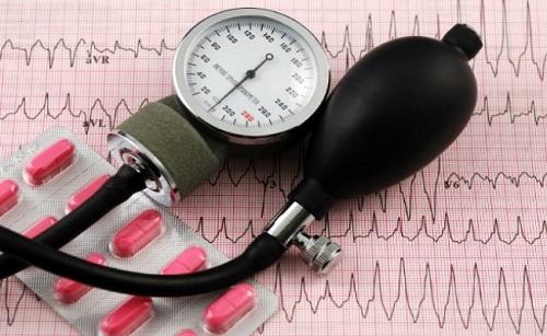 Повышается артериальное давление