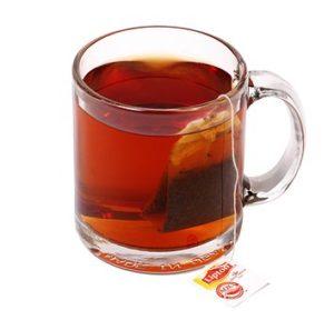 Выпейте чашку хорошо заваренного чёрного чая